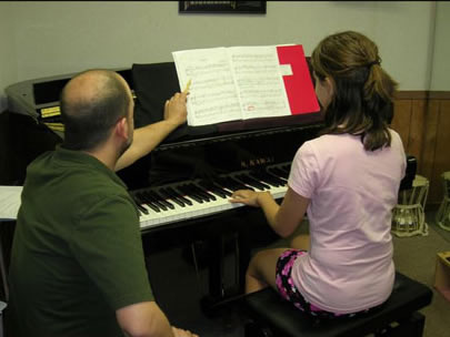 Starting Piano Lessons: Where to Begin